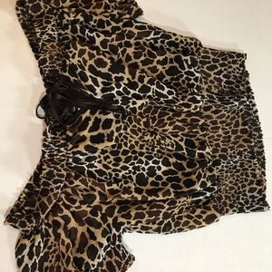 Candie's sexy leopard print medium size blouse